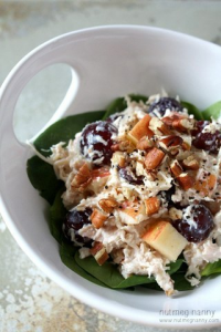Куриный салат с греческим йогуртом